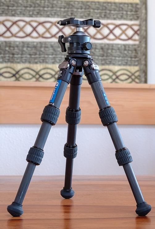 Leofoto LS223C tripod